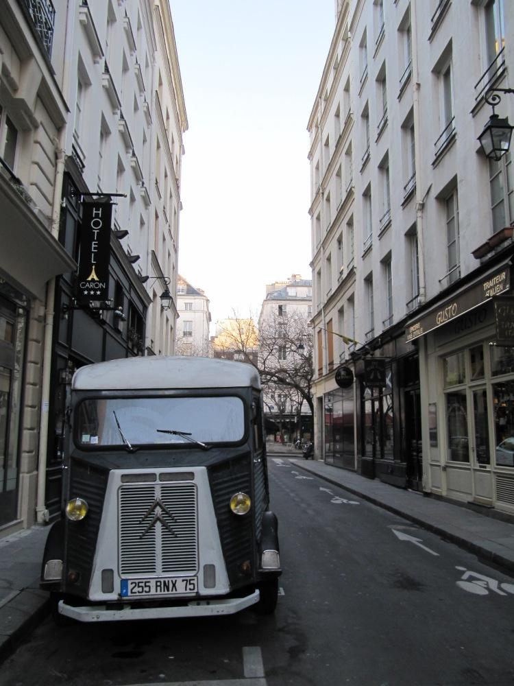 SEMPÉ UN PEU DE PARIS ET D'AILLEURS (2/6)